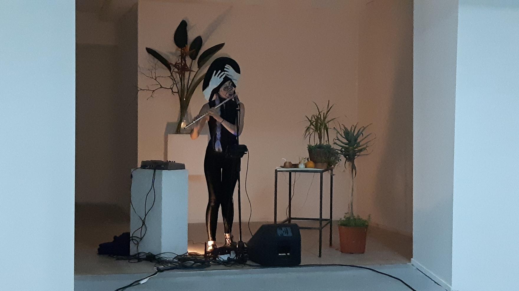 LIVE ON TOUR  - Elizabete  Balčus