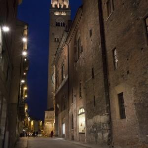 Cremona notturna